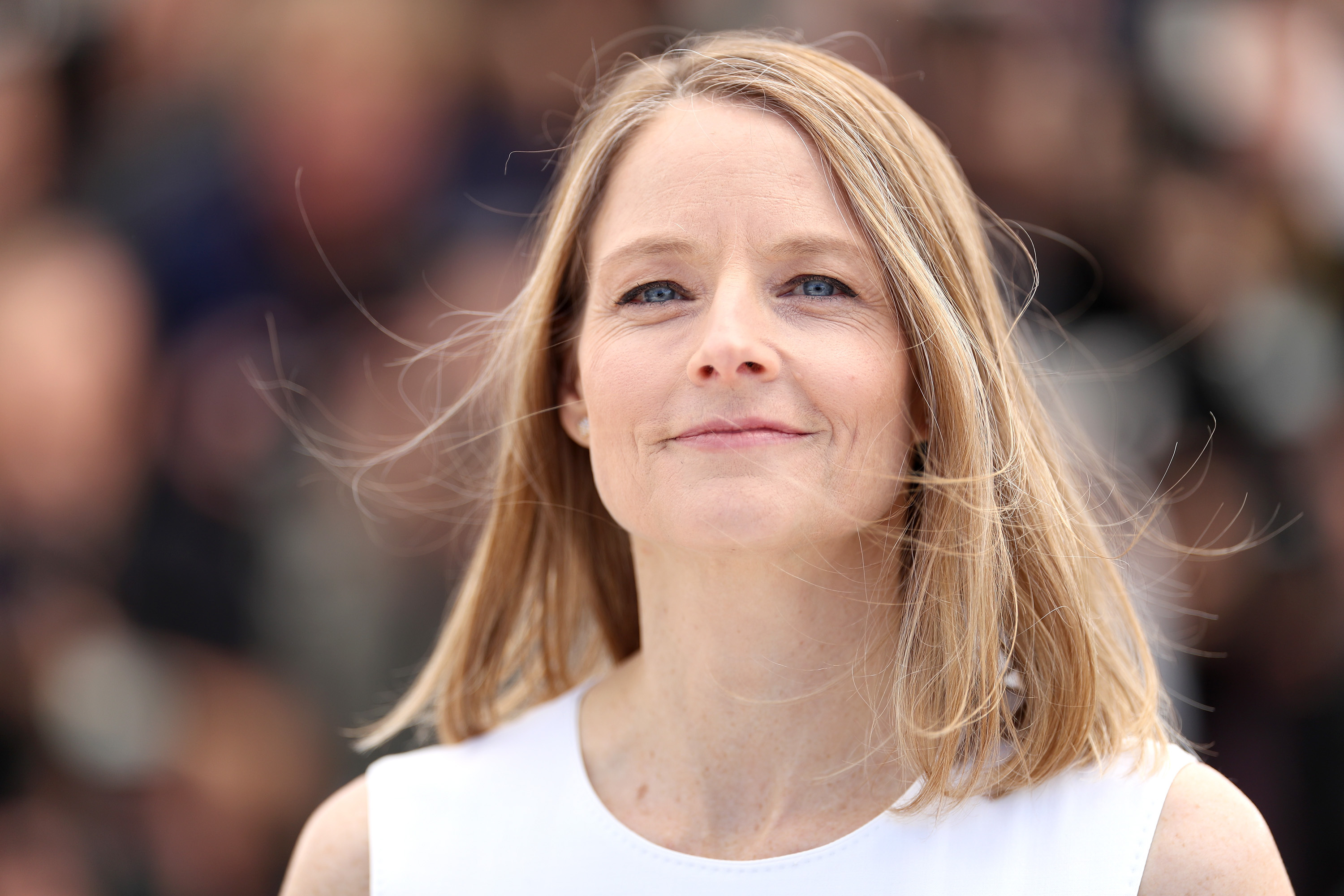 jodie foster wallpapers images photos pictures backgrounds. Black Bedroom Furniture Sets. Home Design Ideas