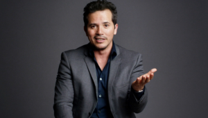 John Leguizamo Background
