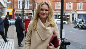 Julia Stiles Photos