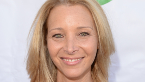 Lisa Kudrow Hd Wallpaper