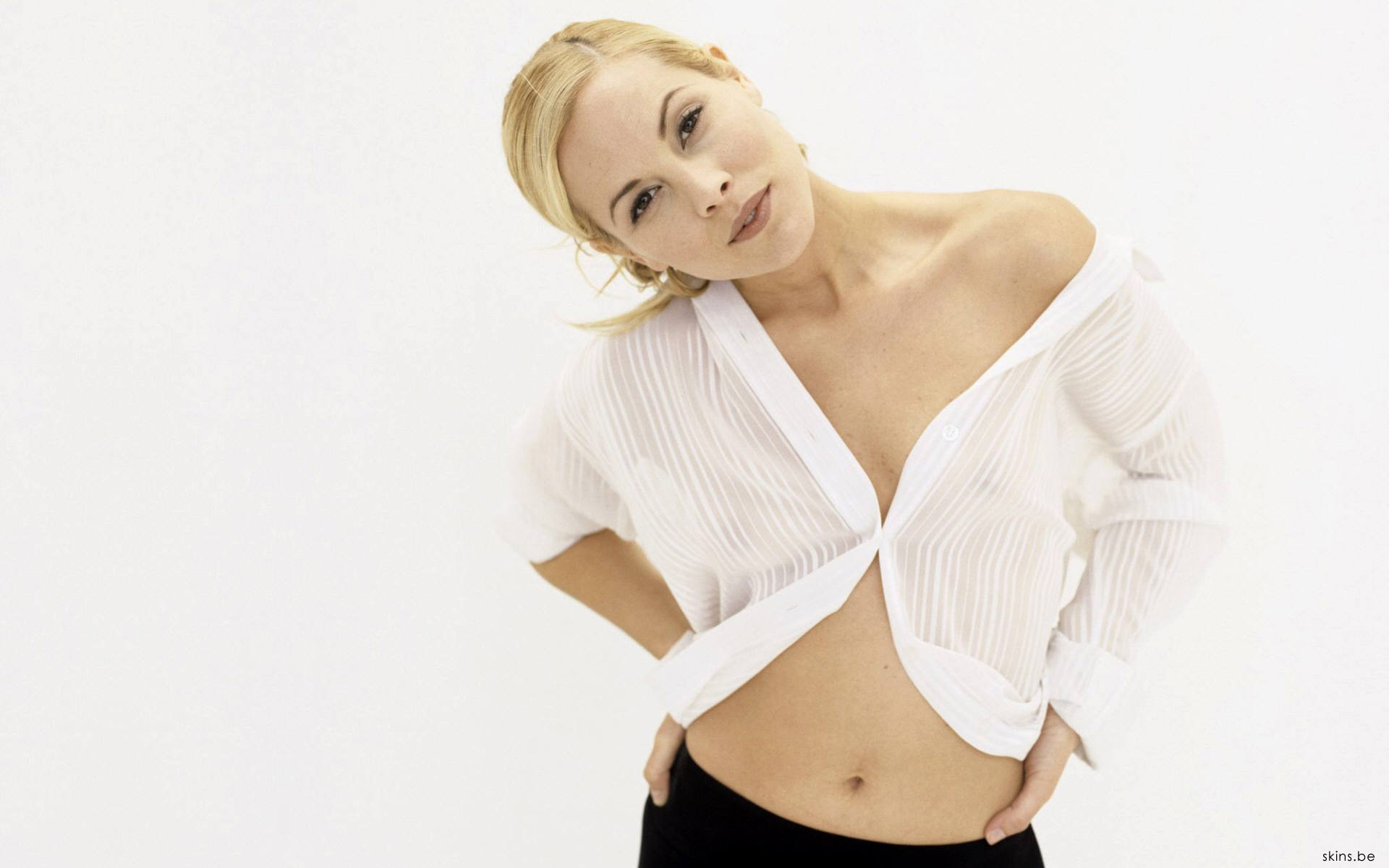 maria bello wallpapers images photos pictures backgrounds
