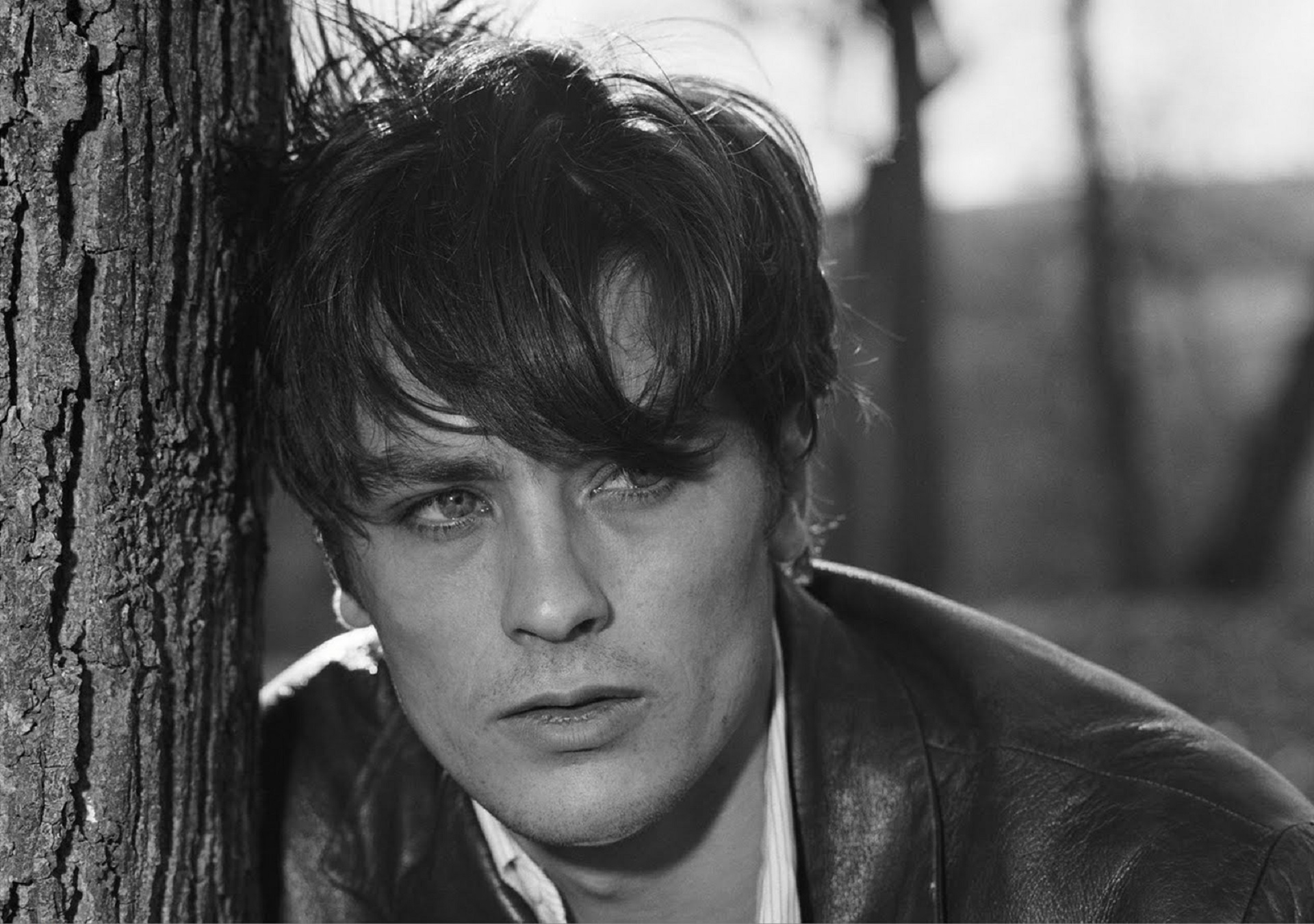Alain Delon Hd Background