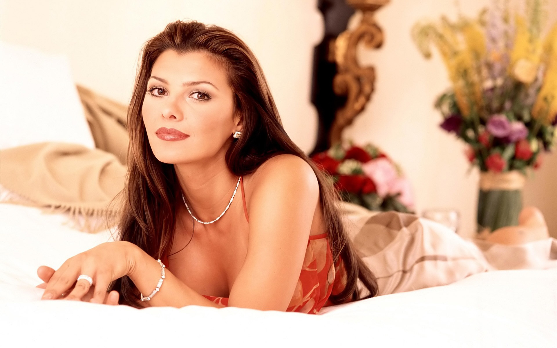 Ali landry car interior design - Ali Landry Wallpapers Images Photos Pictures Backgrounds