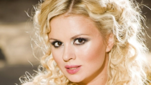 Anna Semenovich Wallpaper