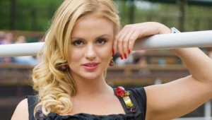 Anna Semenovich Wallpapers