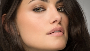Daily Phoebe Tonkin Computer Wallpaper