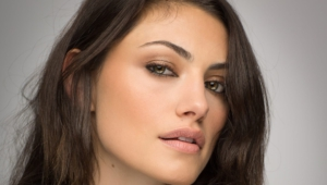 Daily Phoebe Tonkin Hd Wallpaper