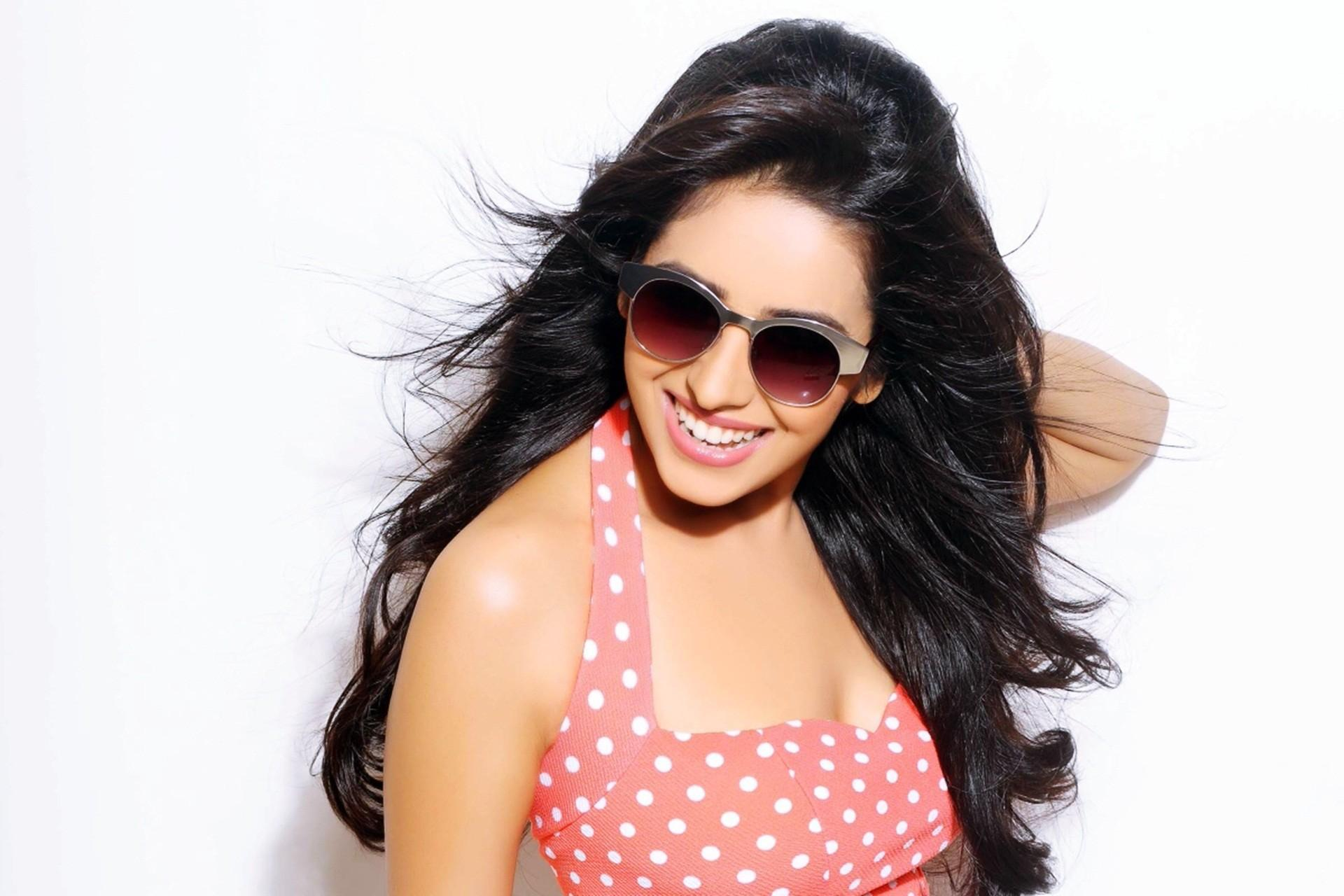 Disha Patani Wallpapers Images Photos Pictures Backgrounds