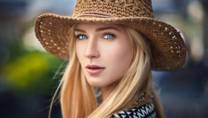Eva Mikulski For Desktop