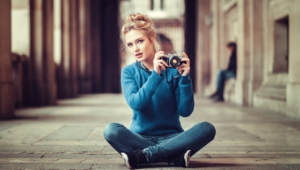Eva Mikulski Sexy Photos