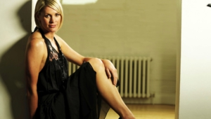 Jenni Falconer Desktop Wallpaper