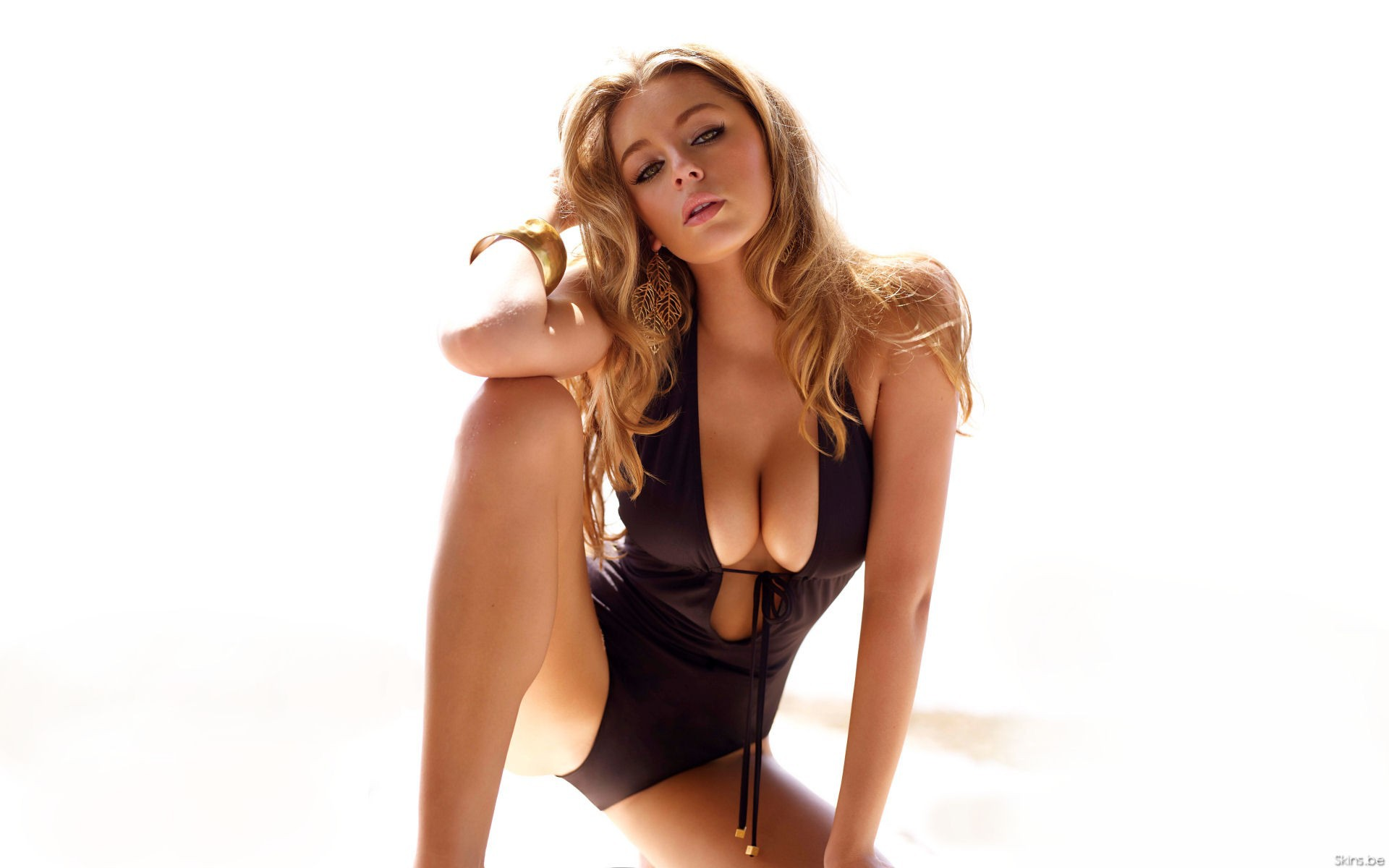 Keeley Hazell Photos