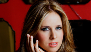 Lucie Silvas Background