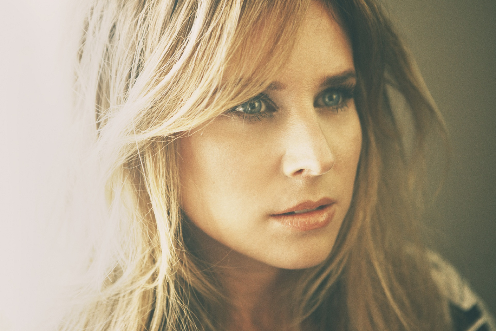 let love find you lucie silvas Lucie silvas tour dates and concert tickets in 2018 on eventful get alerts when lucie silvas comes to your city or bring lucie silvas to your city using dem.