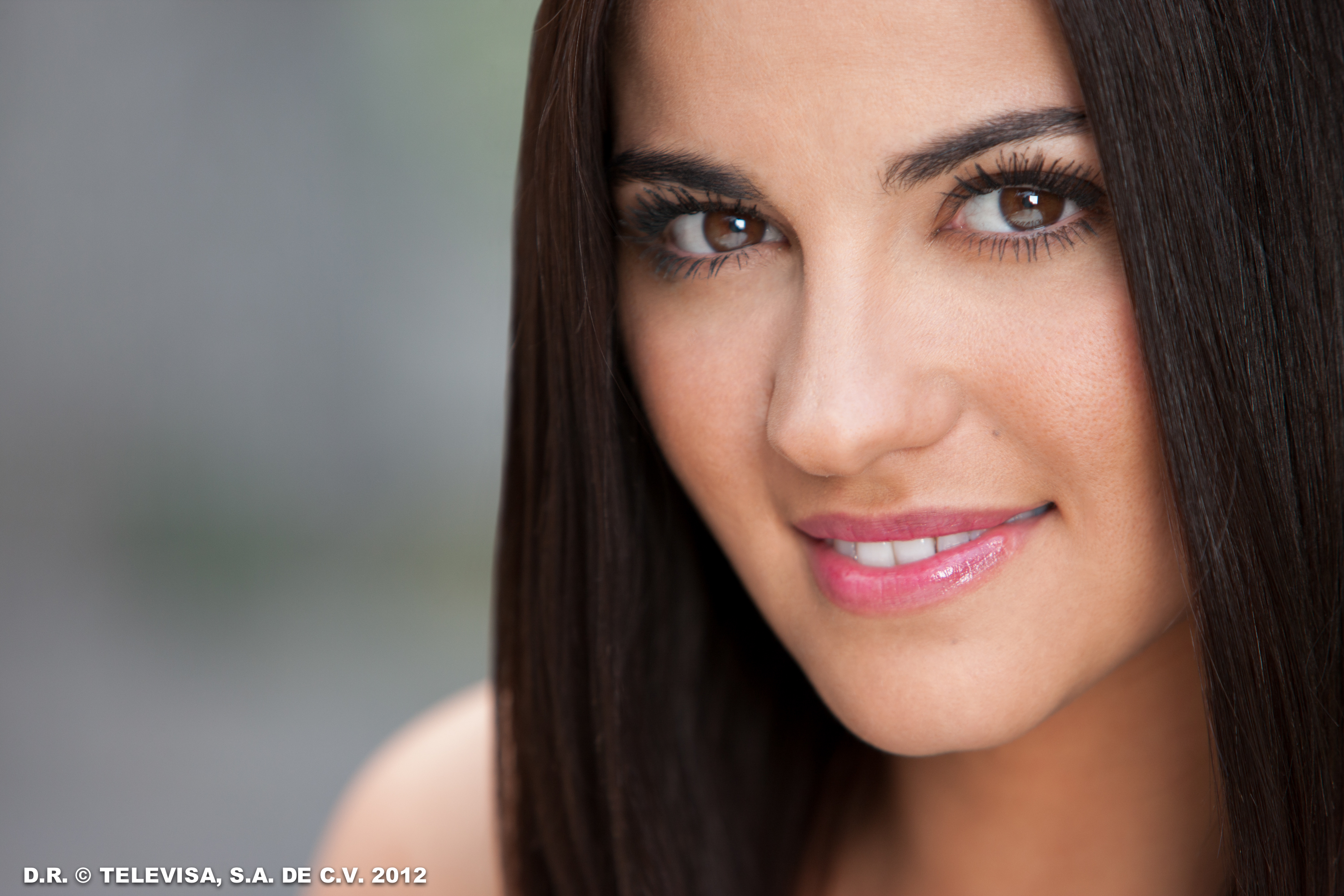 Maite Perroni Wallpapers Images Photos Pictures Backgrounds