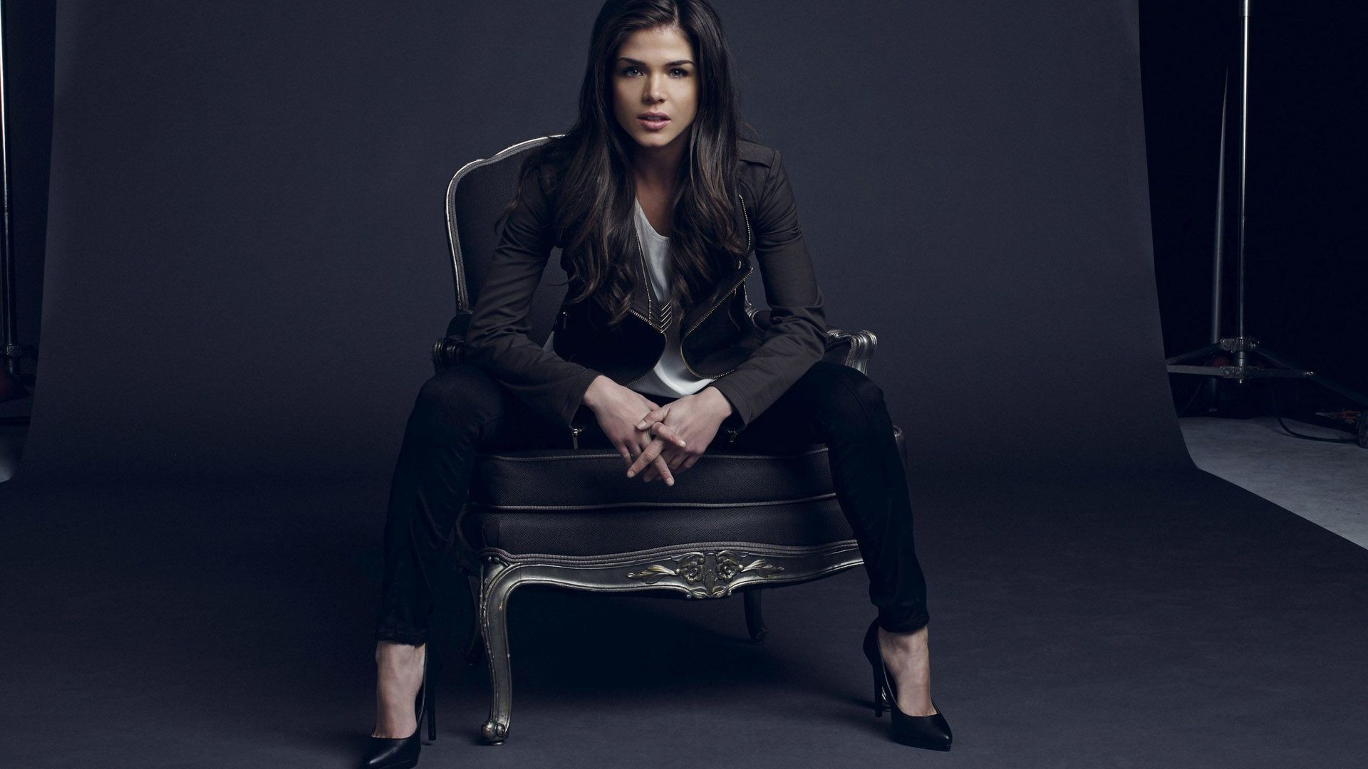 Marie avgeropoulos wallpaper