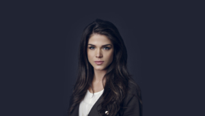 Marie Avgeropoulos Widescreen