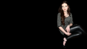 Michelle Trachtenberg Computer Backgrounds