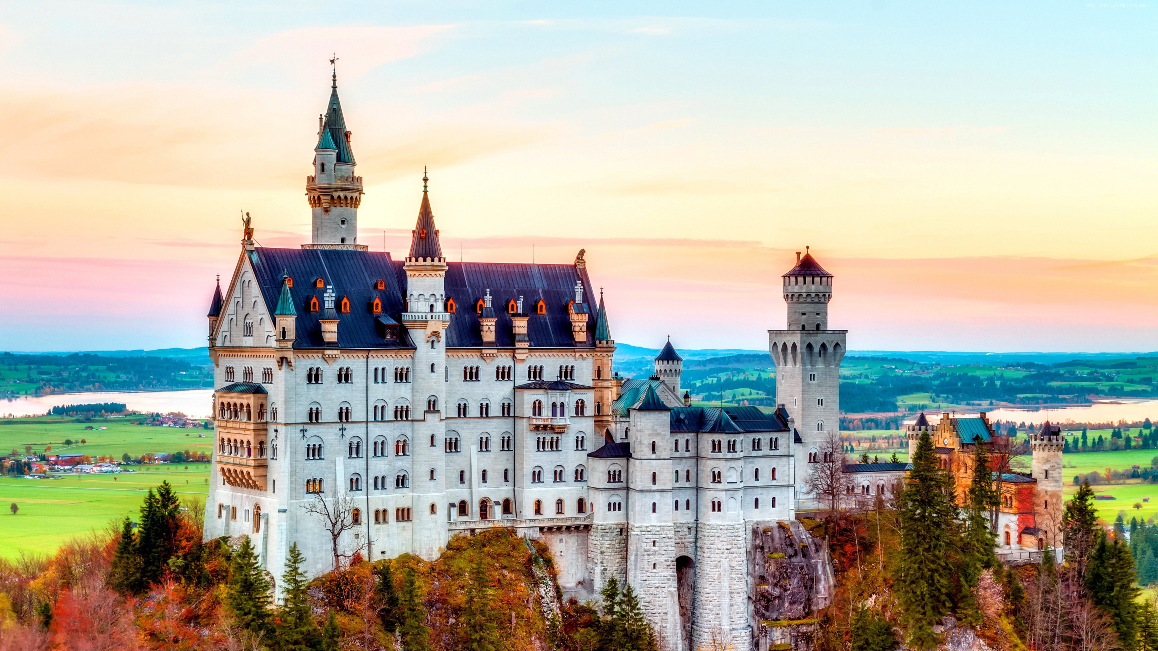 Neuschwanstein Castle Wallpapers Images Photos Pictures