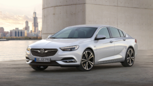 Opel Insignia Pictures