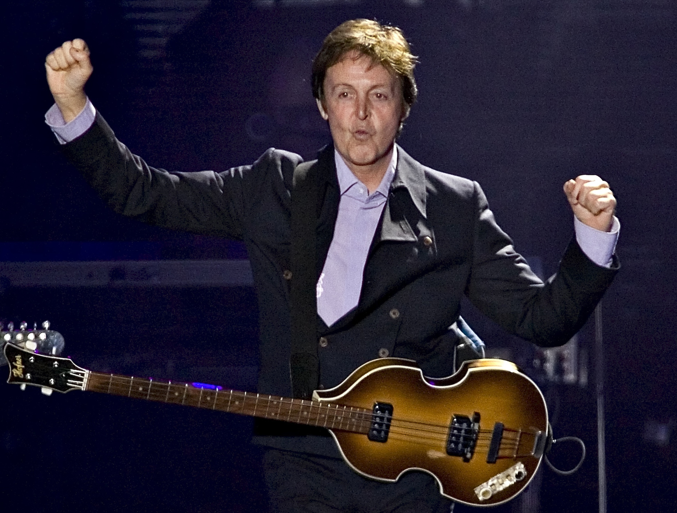 Paul Mccartney Wallpapers Images Photos Pictures Backgrounds