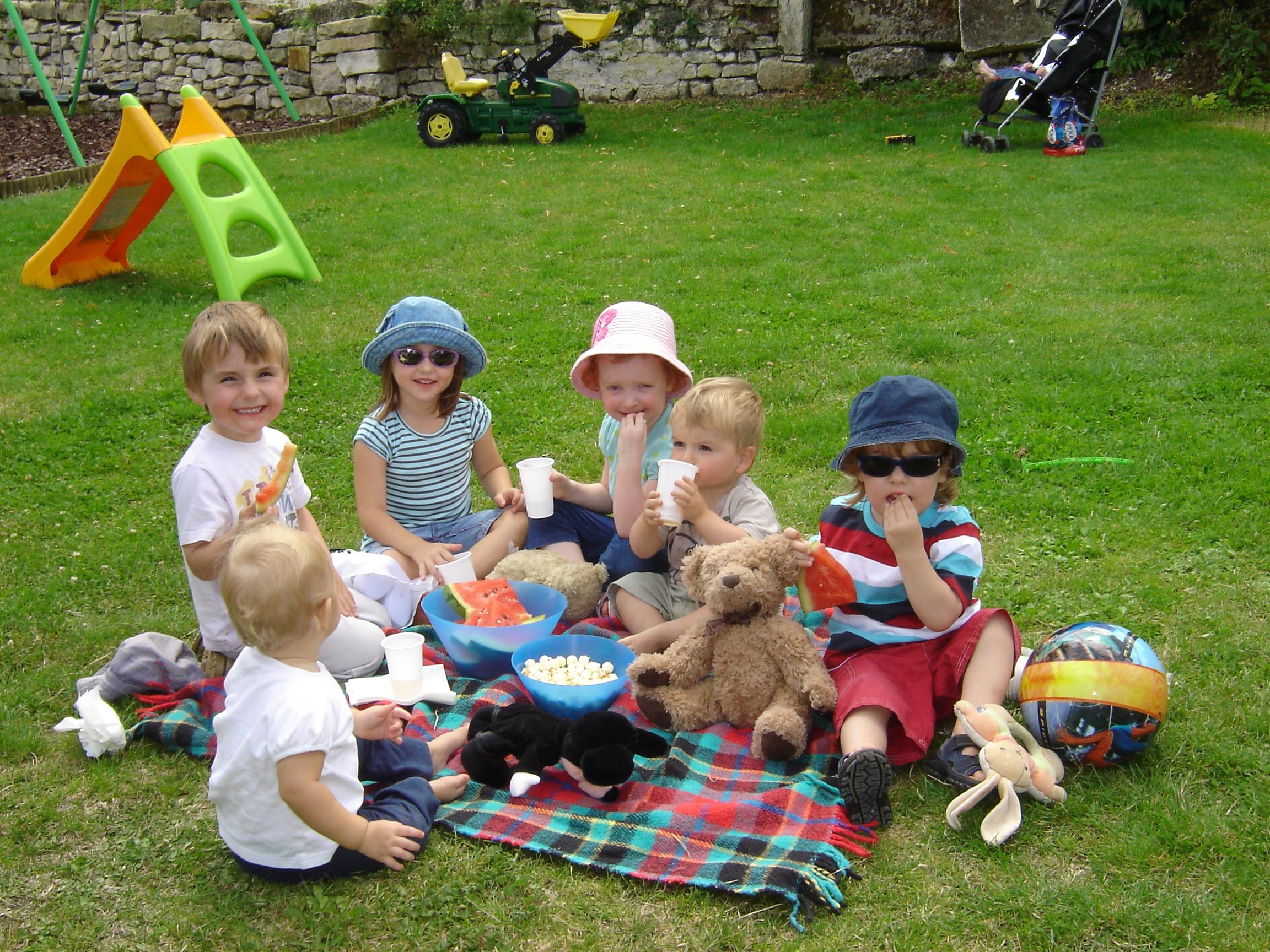 Конкурсы для детей 4 6 лет на улице летом