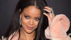 Rihanna Desktop Images