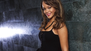 Rihanna Widescreen