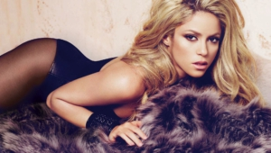 Shakira Widescreen