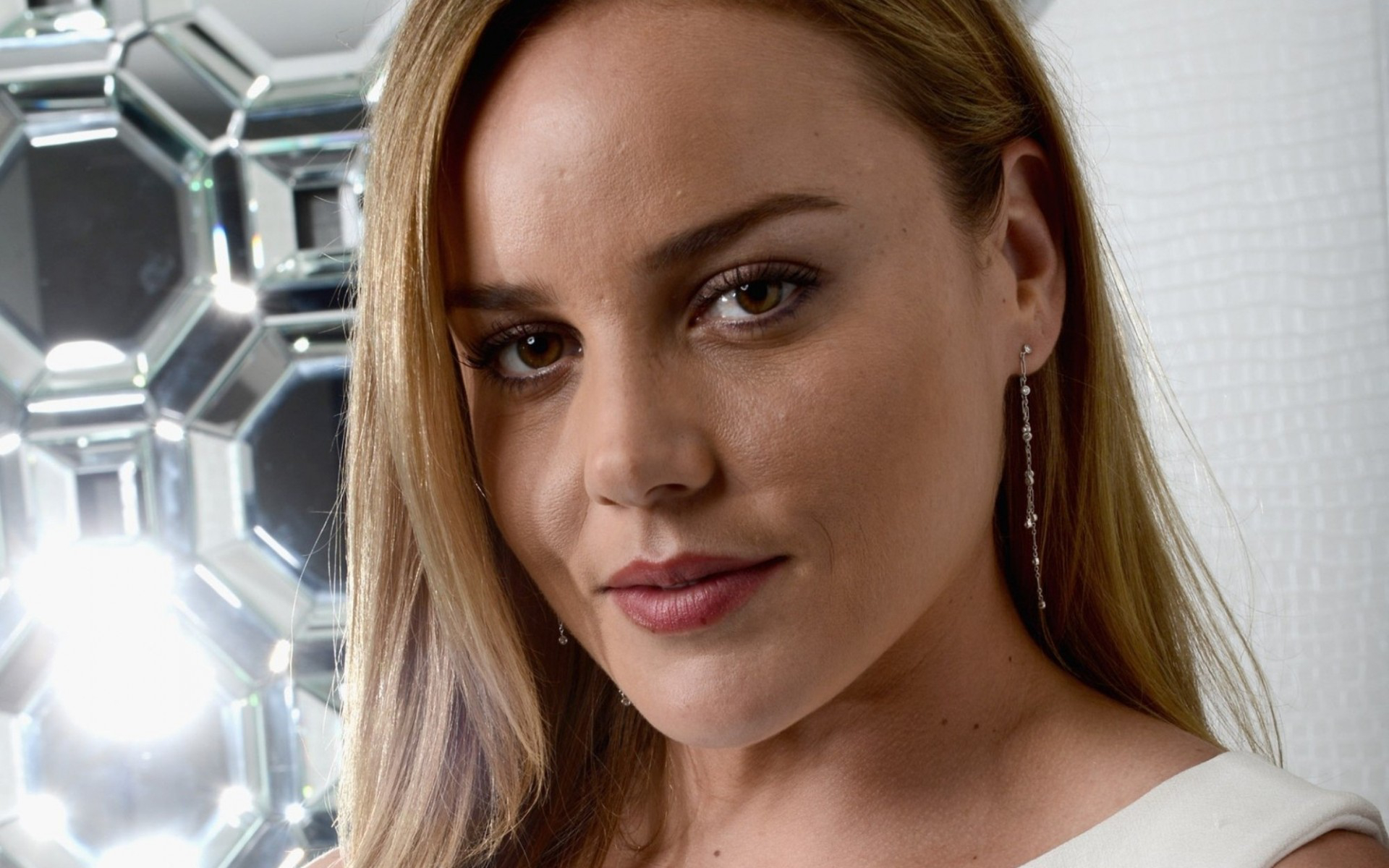 Abbie Cornish Wallpapers Images Photos Pictures Backgrounds
