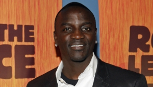 Akon For Desktop