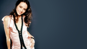 Amy Acker For Desktop