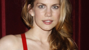 Anna Chlumsky Hd Wallpaper