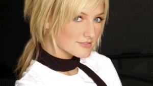 Ashlee Simpson Pictures