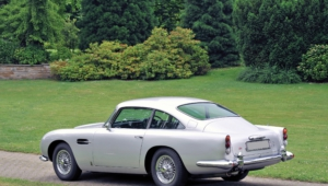 Aston Martin Db5 Background