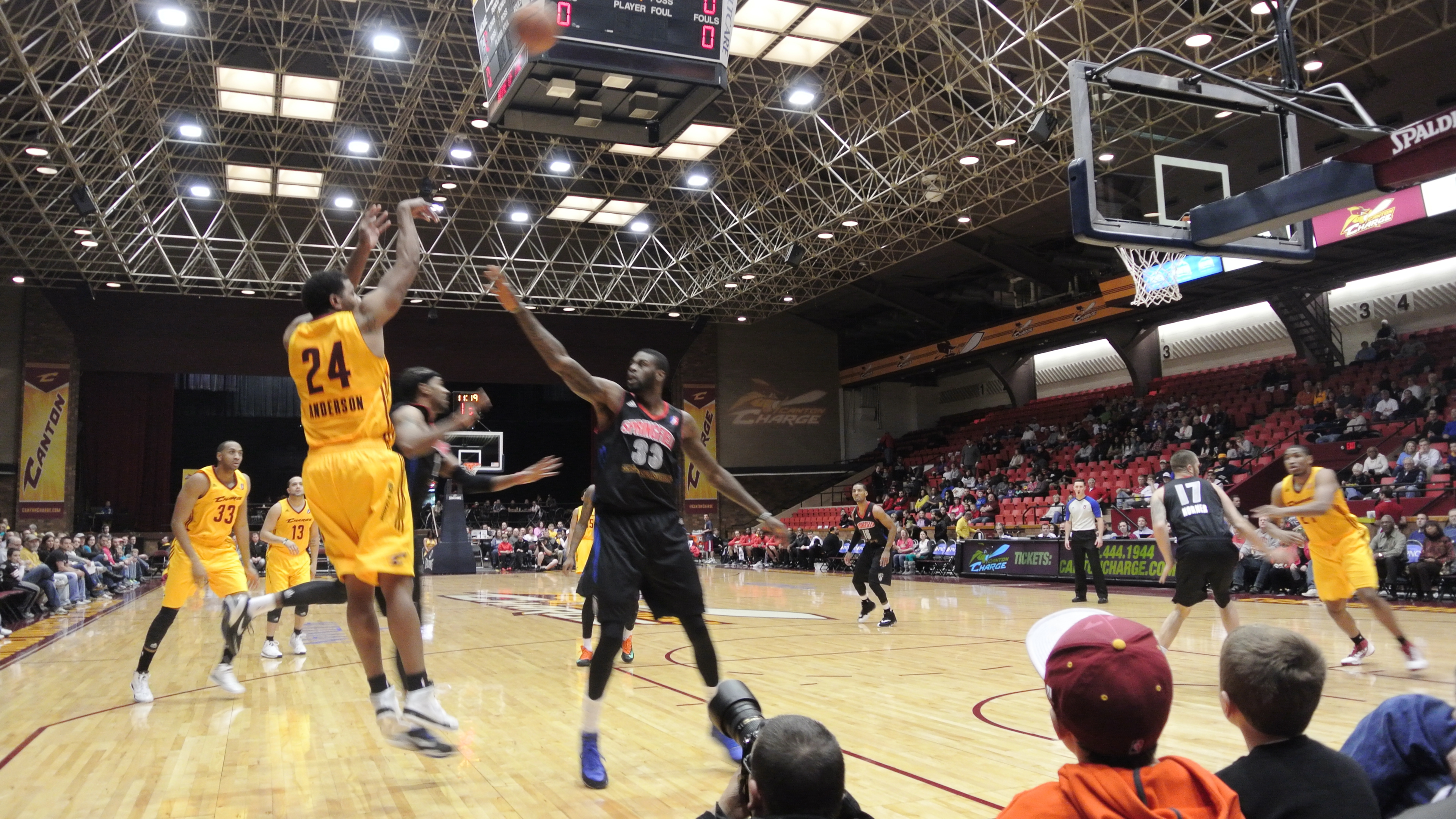 Canton Charge Wallpaper