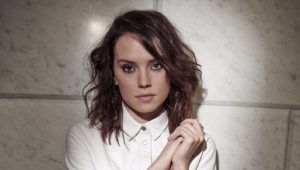 Daisy Ridley Toples
