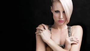 Emma Hewitt Wallpapers