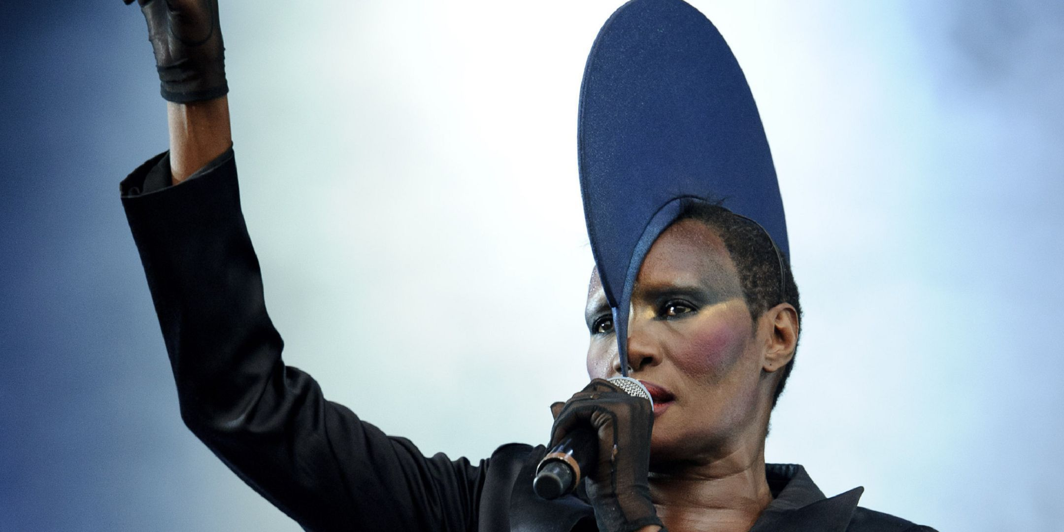 Grace Jones Wallpapers Images Photos Pictures Backgrounds