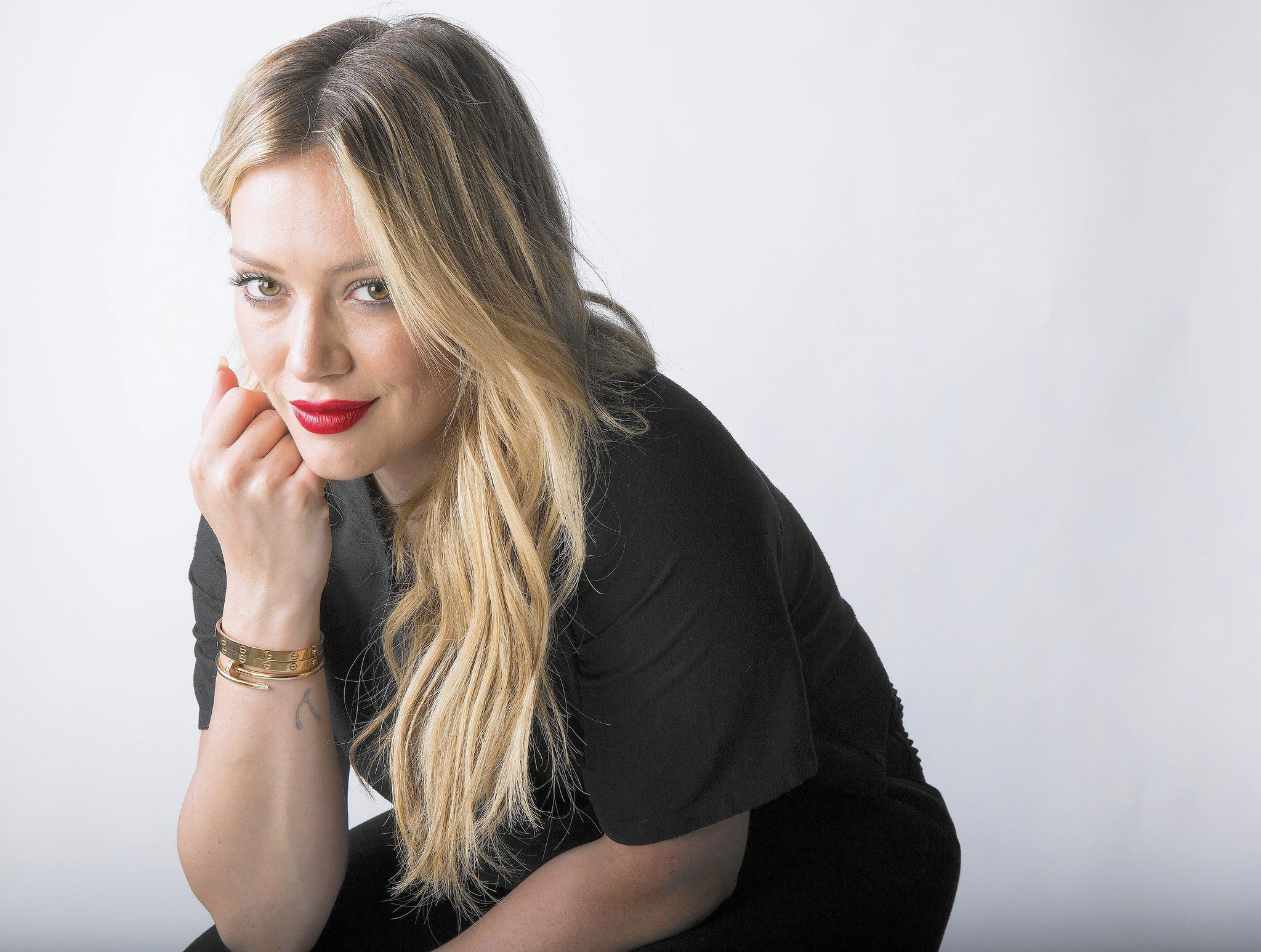 hilary duff wallpapers images photos pictures backgrounds