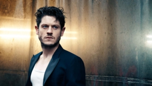 Iwan Rheon Background