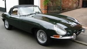 Jaguar E Type 4k