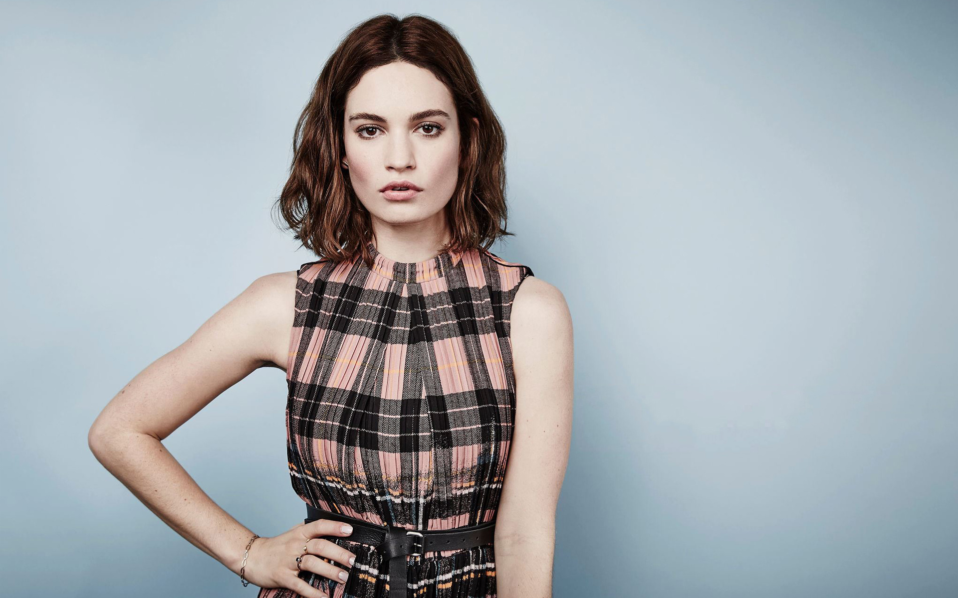 Lily James Image: Lily James Wallpapers Images Photos Pictures Backgrounds