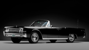 Lincoln Continental Photos