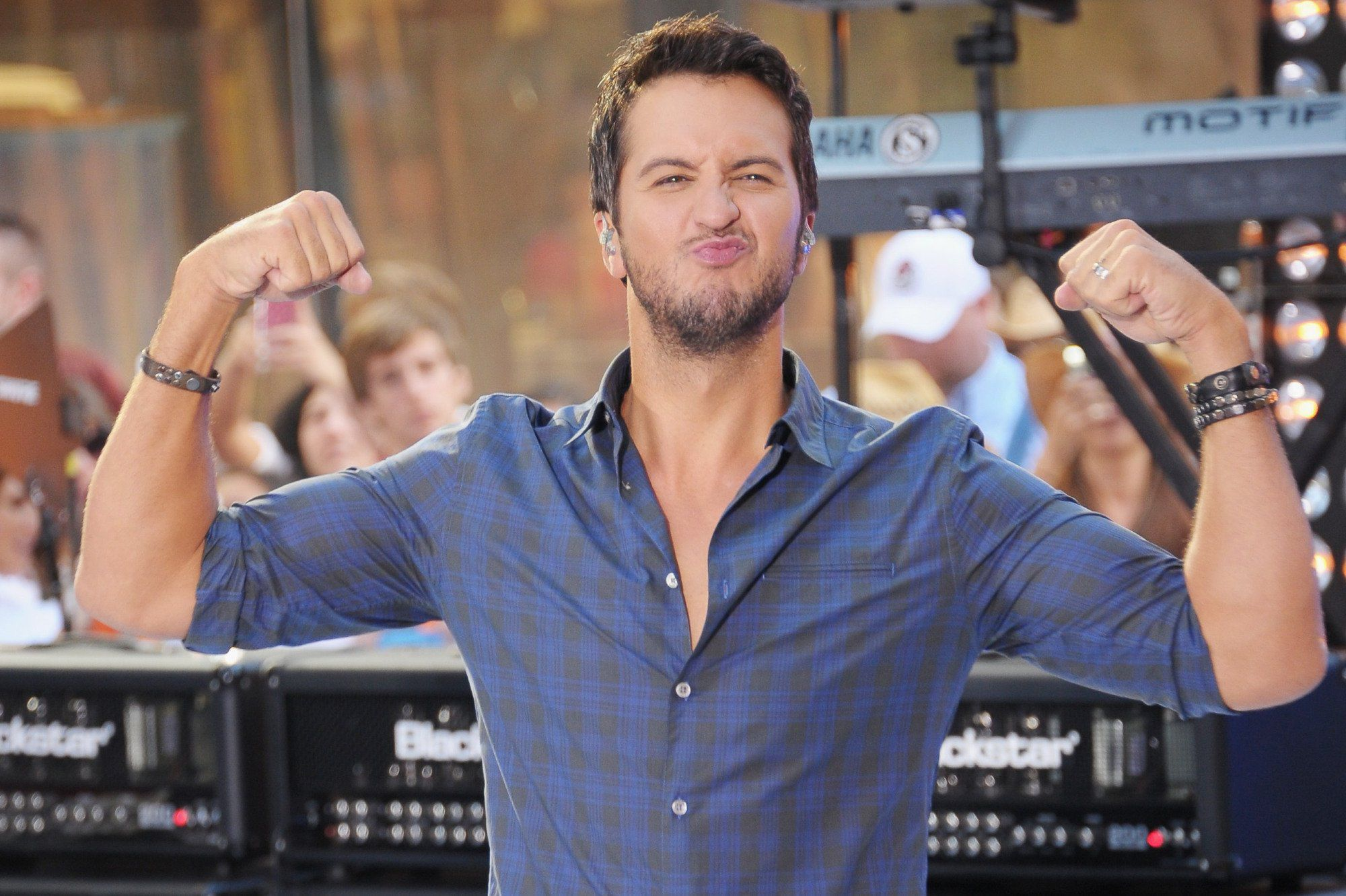 Luke Bryan Wallpapers Images Photos Pictures Backgrounds