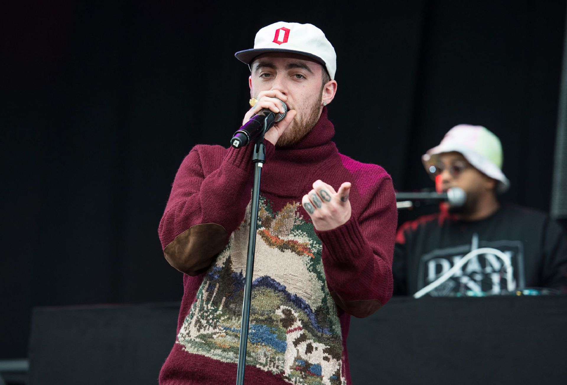 Mac Miller Wallpapers Images Photos Pictures Backgrounds