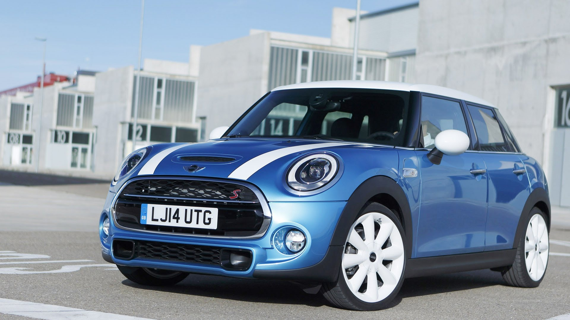 mini cooper wallpapers images photos pictures backgrounds. Black Bedroom Furniture Sets. Home Design Ideas