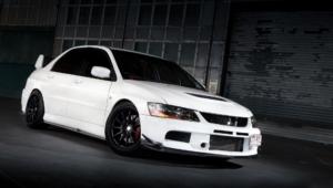 Mitsubishi Lancer Evolution Photos