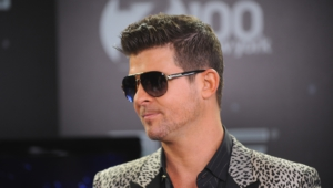 Pictures Of Robin Thicke