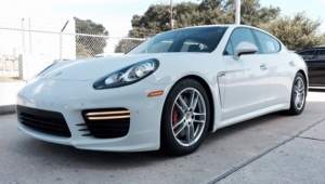 Porsche Panamera High Quality Wallpapers